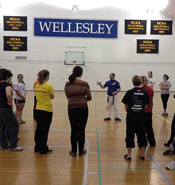 Women's Self Defense Campus Safety Training Programs In Boston